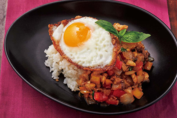 泰式鯖魚羅勒飯 異國美味料理平底鍋就搞定
