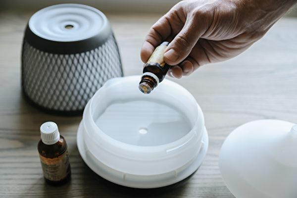 精油香氛疗愈身心 克服焦虑找回活力