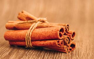肉桂纯露能够调节自律神经、平衡消化系统,提神效果比咖啡还要好。(Shutterstock)