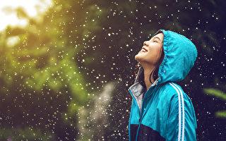 人體內至少有四種「快樂物質」,包括血清素、多巴胺、安多酚、催產素。(Shutterstock)