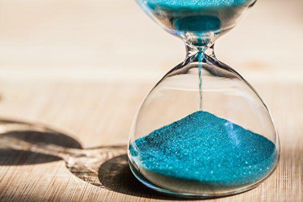 实验首次观测到时间晶体间的互动