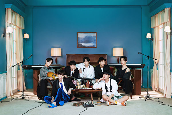 BTS第五度夺冠 《BE》空降Billboard 200榜冠军
