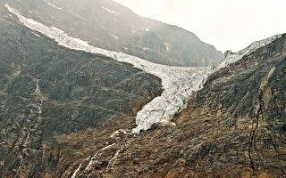 天使展翅──落基山脉之卡维尔山