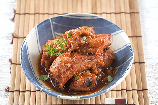 【电锅料理】一次出2道菜~韩式排骨、南瓜烧肉