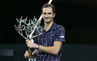 梅德维夫逆转德国新星 巴黎名人赛夺冠