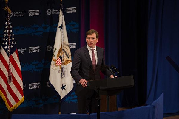 对选举舞弊视而不见 CISA局长被川普开除