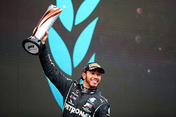 第七次加冕F1車手總冠軍 漢密爾頓追平紀錄