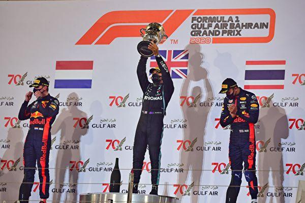F1巴林站:發生重大事故 小漢奪賽季11冠