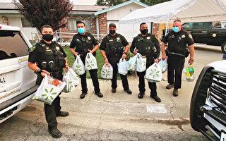 兒子住院 加州善心警官為老父買食物 送上門