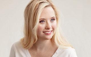 美国首个唐氏症女模特 代言高端护肤品