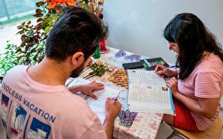 德国今年申请庇护者减少三分之一