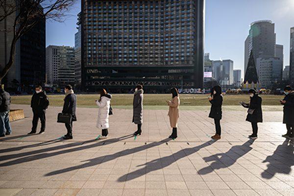 組圖:韓國疫情嚴峻 連三日新增逾千例