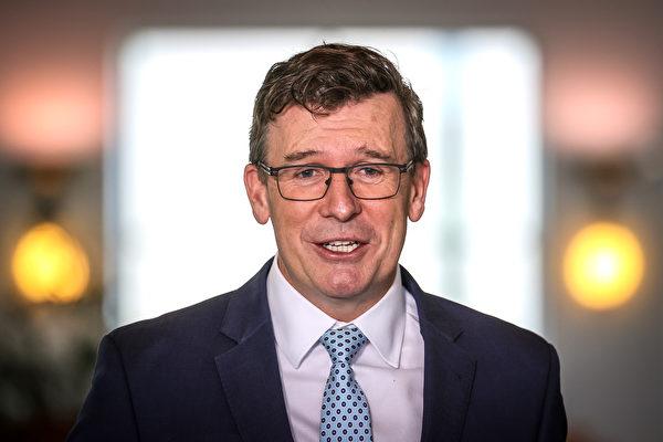 澳洲联邦代理移民部长塔吉(Alan Tudge)