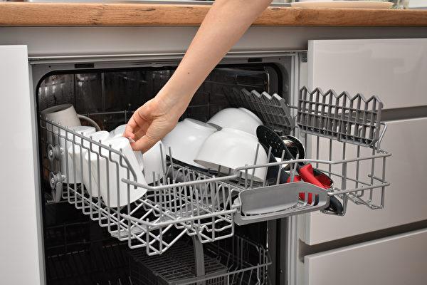 想不到這14種難洗的家用品也可用洗碗機洗