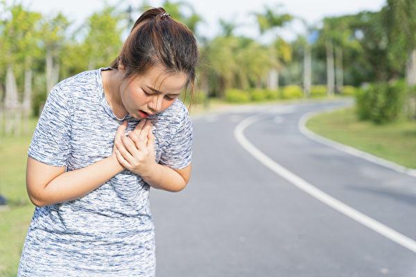 喘不一定是老化、心脏病!这种喘当心肺纤维化