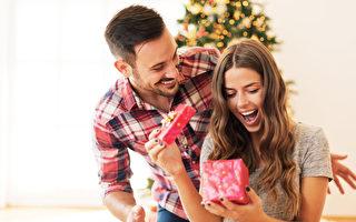 给对方惊喜 圣诞节送什么礼物好呢?