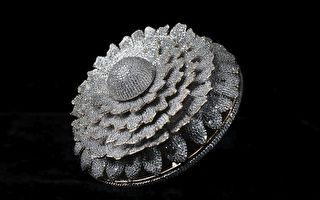 创世界纪录 一枚戒指镶嵌上万颗最优质钻石