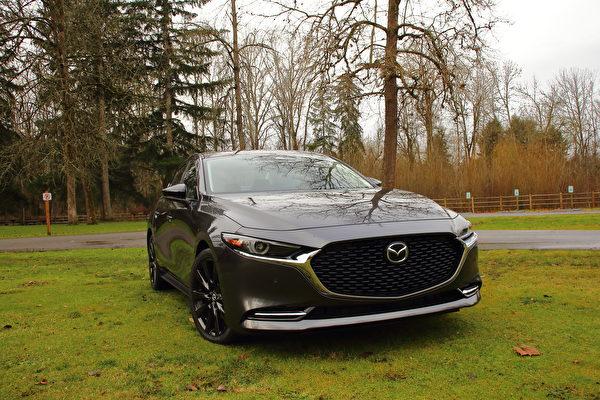 车评:高气压的蓝天 2021 Mazda3 2.5 Turbo