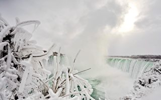 組圖:冰雪覆蓋着尼亞加拉瀑布 宛如僊境