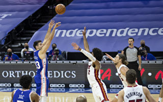 NBA马提亚致胜三分球 76人延长赛灭火