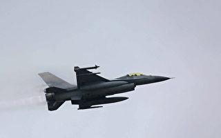F-16戰機秀海報 為台灣醫護加油