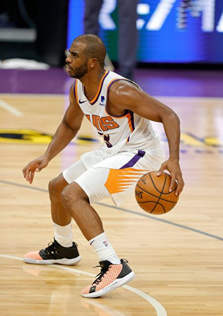 NBA:太阳烤焦步行者 再登西部榜首之位