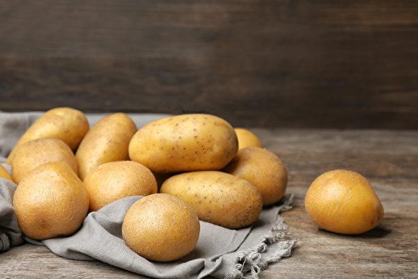 馬鈴薯熱量低且營養豐富,適合減肥者食用。(Shutterstock)