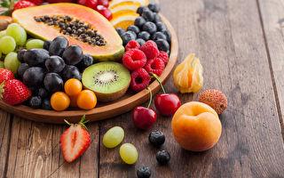 吃水果不一定养生,3类体质多食易疲累、水肿。(Shutterstock)