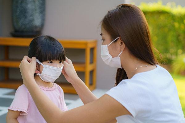 哪些是家庭传播的高危险群?应该如何防范家庭传染?(Shutterstock)