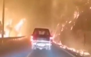 广东省和平县发生山火 京九铁路运行受阻