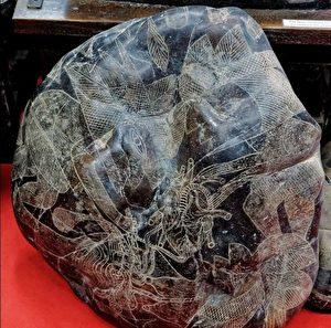 《转法轮》中提及的史前文明案例:刻石