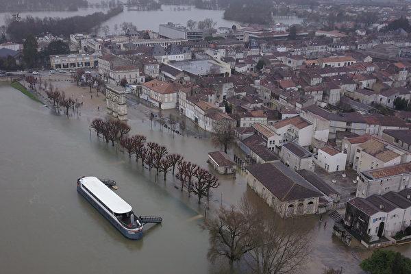 組圖:暴雨成災 法國多地遭遇洪水氾濫