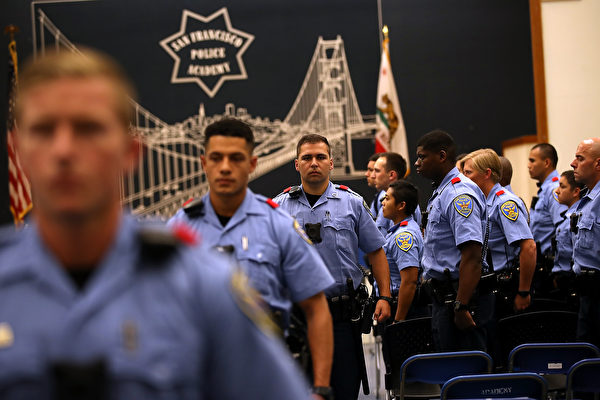 舊金山警察委員會 一致否決裁員提案