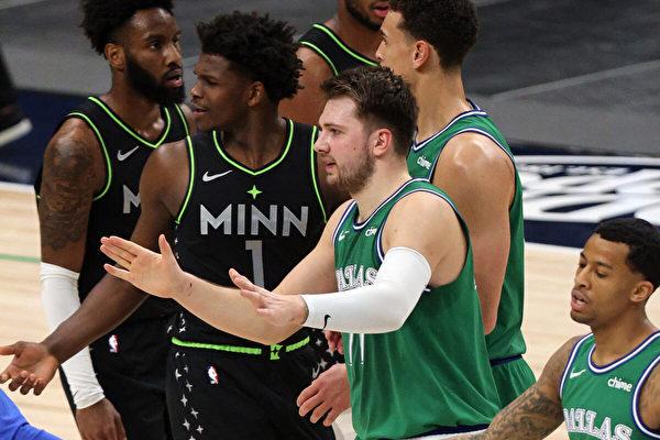 NBA球赛前不再放国歌 克鲁兹:糟糕决定