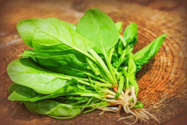 吃對綠、紅、橙、黃、褐、紫、黑7種顏色的食物,可以幫你抗氧化,養出不生病體質。(Shutterstock)
