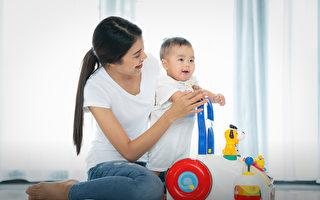 【爸妈必修课】细看孩子成长 相本就是教育图卡
