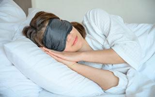 躺著就防疫!專家:晚上睡好覺增強疫苗效力