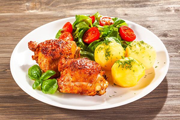 掌握外食减糖饮食5大原则,一样可以吃得饱足健康、又轻松瘦身。(Shutterstock)