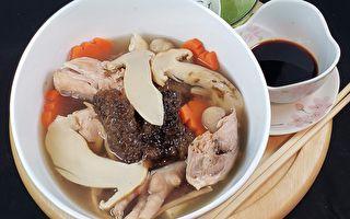 【梁厨美食】松茸海参炖鸡汤