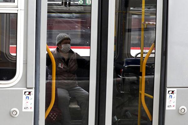 旧金山市议员呼吁 疫情期间取消公交车票价