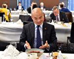 """澳媒记者:王晰宁""""中国朋友""""之说是演戏"""