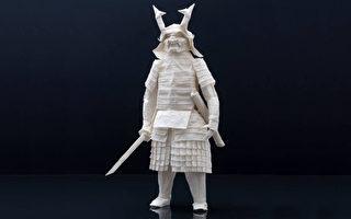 一紙不剪不粘 芬蘭藝術家折出精緻日本武士