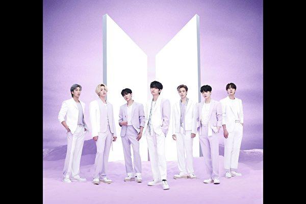 BTS《Film out》100国iTunes夺冠 公信榜周榜登顶
