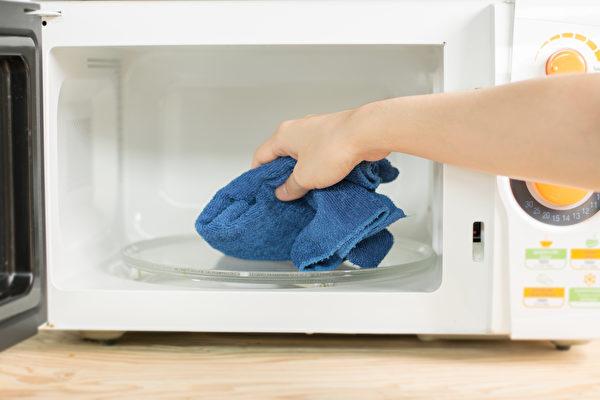清洁微波炉有妙法 简单几步内外都干净