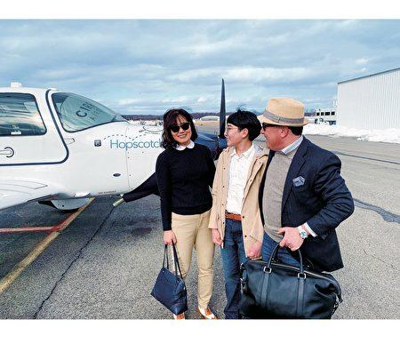 飞机Taxi-Hopscotch Air疫情中扩大包机服务