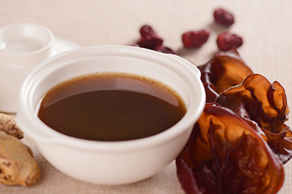 生理期3饮品瘦身 还能补钙、消水肿、解便秘