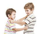教孩子用语言,而不是用拳头来解决冲突