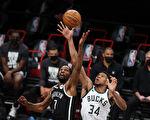 NBA季后赛登场 十六强将捉对厮杀 精彩可期