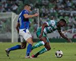 組圖:墨甲錦標賽 桑托斯拉古納0:1敗藍十字