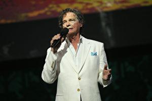 美國資深歌手比利喬·托馬斯(B.J. Thomas)